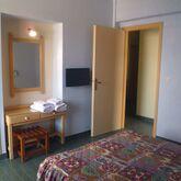 Mamouzelos Apartments Picture 3