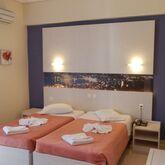 Planos Beach Hotel Picture 4