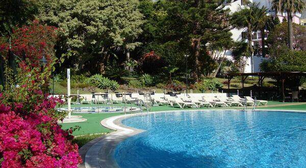 Holidays at Girassol Hotel in Funchal, Madeira