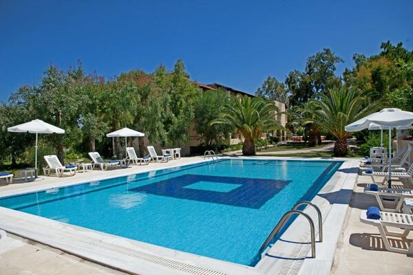 Holidays at Milton Hotel in Roda, Corfu
