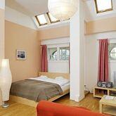 Wenceslas Square Apartments Picture 4