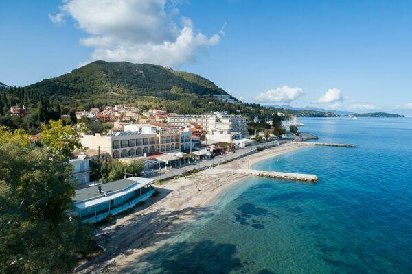 Holidays at Bella Vista Beach Hotel and Studios in Benitses, Corfu