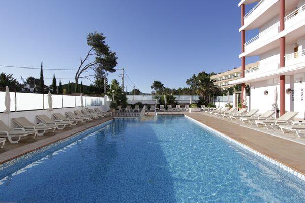 Holidays at Lakiki Apartments in San Antonio Bay, Ibiza
