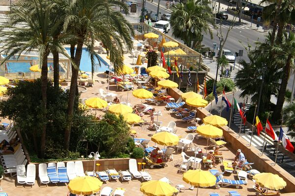 Holidays at Don Pancho Hotel in Benidorm, Costa Blanca
