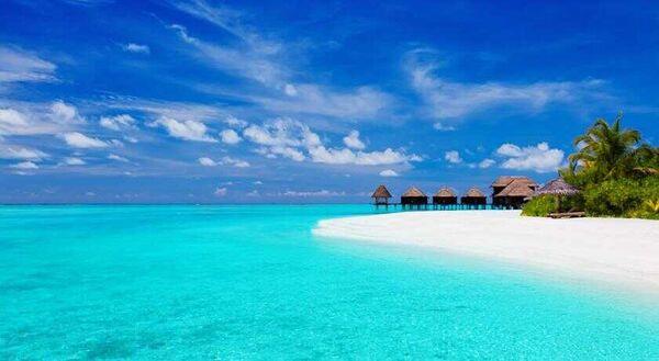Holidays at Anantara Dhigu Resort And Spa Hotel in Maldives, Maldives