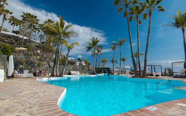 Holidays at Jardin Tropical Hotel in San Eugenio, Costa Adeje