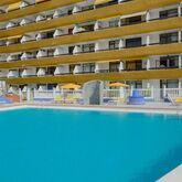 Las Arenas Apartments Picture 2