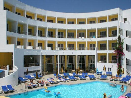 Holidays at Cleopatra Kris Mari Hotel in Kardamena, Kos