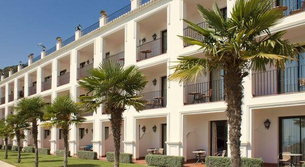 Holidays at Cabello Hotel in Torremolinos, Costa del Sol