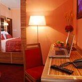 EA Sonata Hotel Picture 6