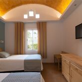 Cordial Biarritz Bungalows Picture 6