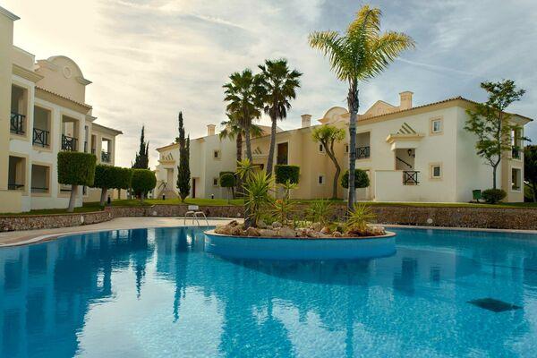 Holidays at Adriana Beach Club Hotel in Olhos de Agua, Albufeira