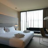 B Hotel Picture 3