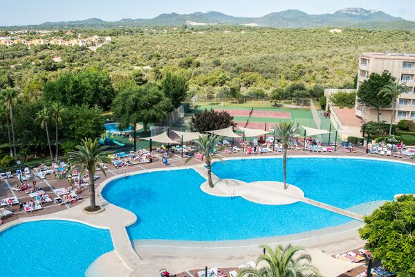 Holidays at Club Cala Romani Hotel in Calas de Mallorca, Majorca