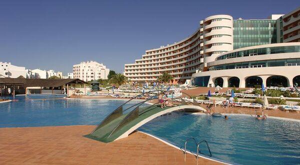Holidays at Paraiso de Albufeira Hotel in Albufeira, Algarve