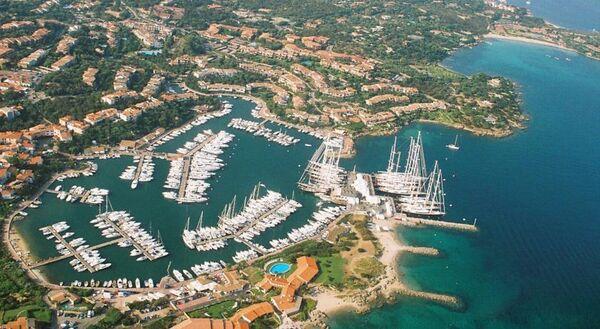 Holidays at Sporting Hotel in Porto Rotondo, Sardinia
