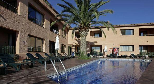 Holidays at Pierre & Vacances Villa Romana Hotel in Tossa de Mar, Costa Brava