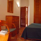 Las Colinas Apartments Picture 3