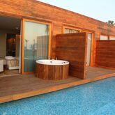 Risus Beach Resort Picture 7