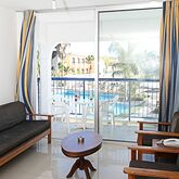 Tsokkos Holiday Apartments Picture 11
