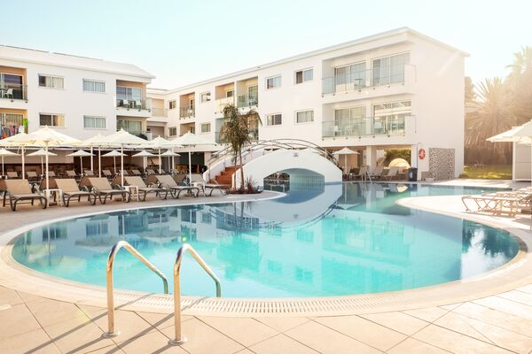 Holidays at Sunconnect Sofianna Resort in Paphos, Cyprus
