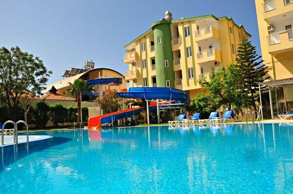 Holidays at Melissa Garden Apart in Side, Antalya Region