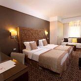 Ramada Istanbul Taksim Hotel Picture 2