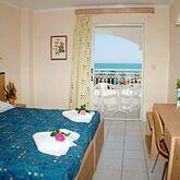 Poseidon Beach Hotel Picture 2