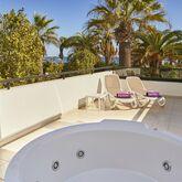 Fergus Style Bahamas Picture 9