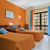 Colina Village Apartments Picture 3