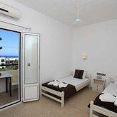 Iraklis Studios and Apartments Picture 4