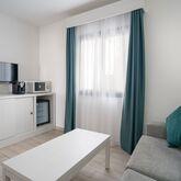 THB Flora Aparthotel Picture 7