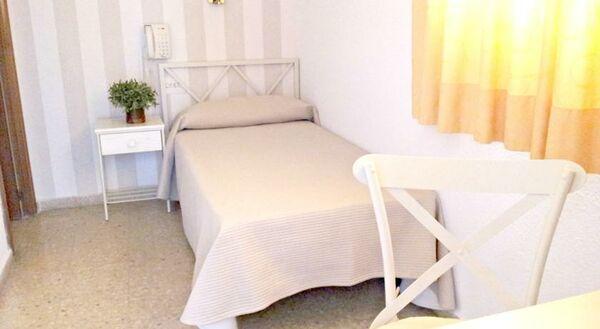 Holidays at Tramontana Hotel in Benicassim, Costa del Azahar