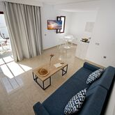 Broncemar Beach Aparthotel Picture 8