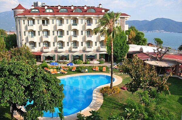Holidays at Mutlu Hotel in Calis Beach, Dalaman Region