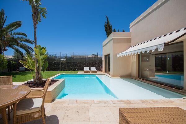 Holidays at Villa Alondras in Puerto del Carmen, Lanzarote