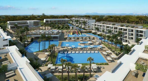 Holidays at Zafiro Palace Alcudia Hotel in Alcudia, Majorca