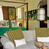 Dhevatara Beach Hotel & Spa Picture 3