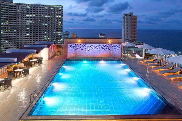 Holidays at Nh Capri Hotel in Havana, Cuba