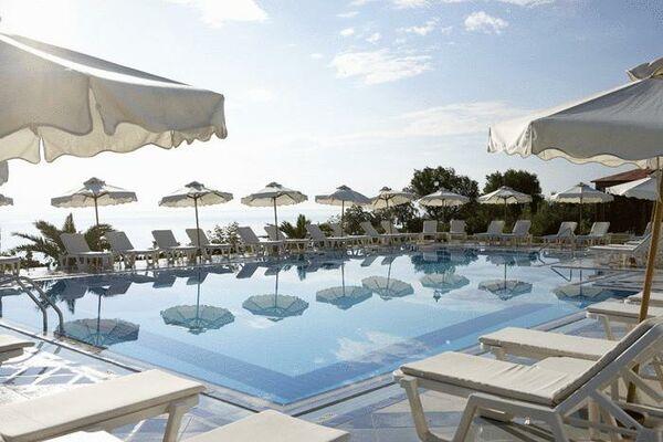 Holidays at Aegean Melathron Hotel in Kalithea Halkidiki, Halkidiki