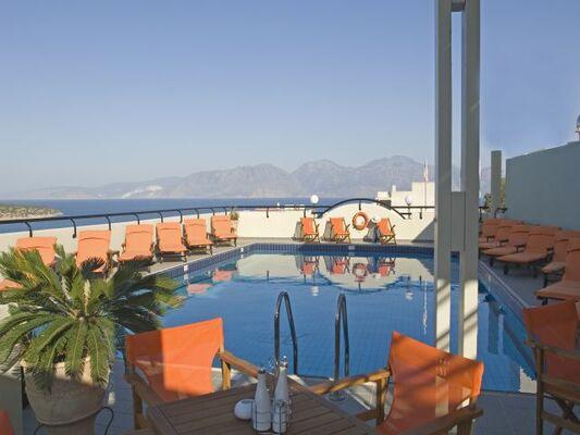 Holidays at Alantha Apartments in Aghios Nikolaos, Crete