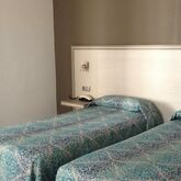 Planas Hotel Picture 4