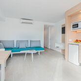 Sun Beach Apartments Picture 7
