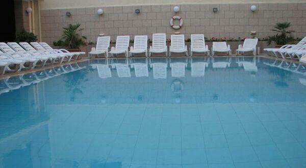 Holidays at Euroclub Hotel in Qawra, Malta