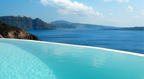 Holidays at Mystique Hotel in Oia, Santorini