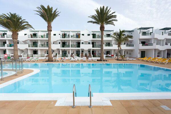 Holidays at Acuario Sol Apartments in Puerto del Carmen, Lanzarote