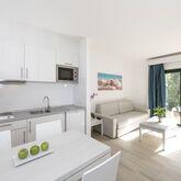 THB Flora Aparthotel Picture 8