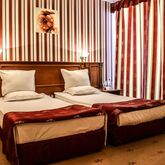 Karolina Hotel Picture 3