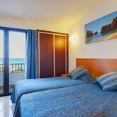 3HB Golden Beach Picture 7