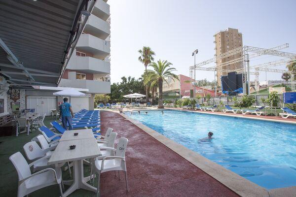 Holidays at Magaluf Playa Apartments in Magaluf, Majorca
